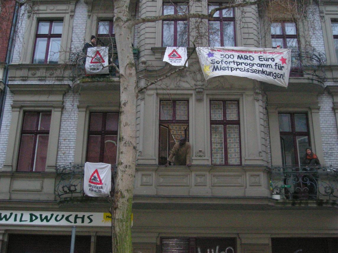 wildwachsender-protest-in-kreuzberg