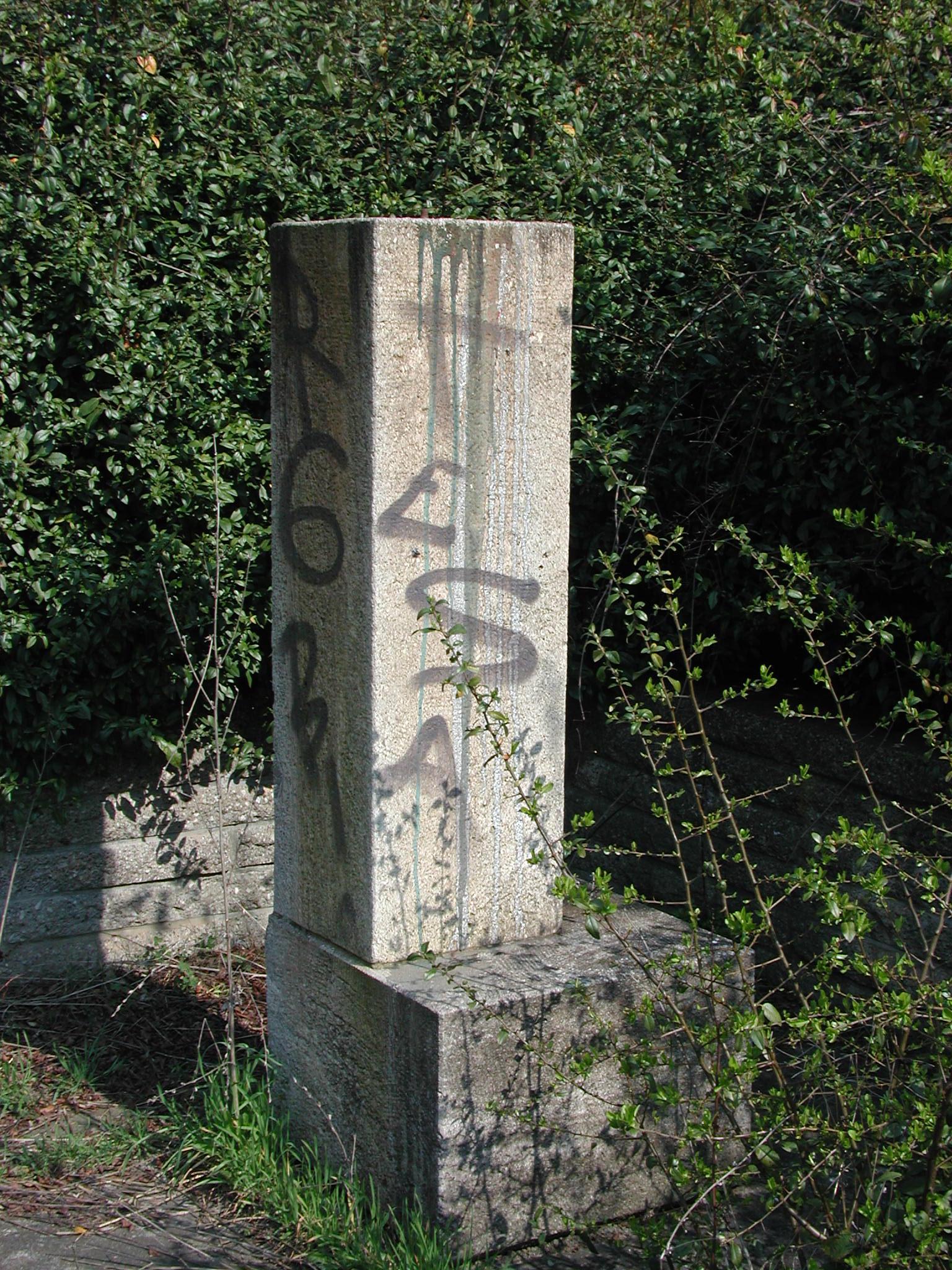 Denkmalsockel, Josef Orlopp (Urheber: 44pinguine)
